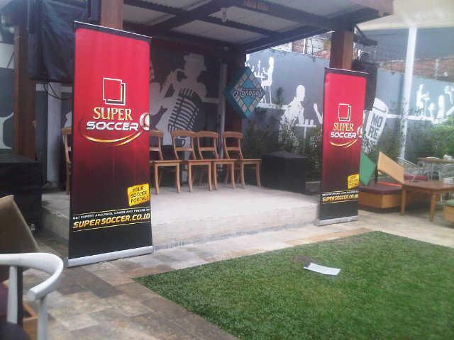 nobar super soccer monopoli cafe (1)