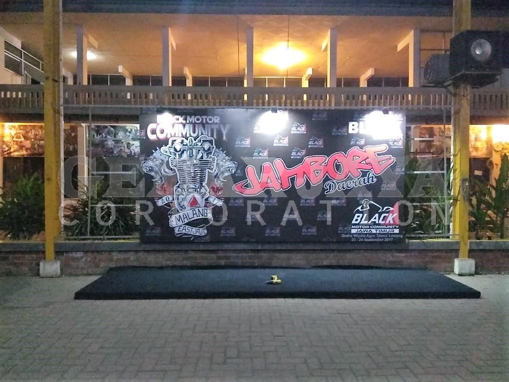 Pembuatan Backdrop Event Black